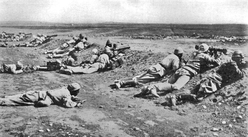 800px-Turkish_Machine_Gunners_2nd_Gaza_1917