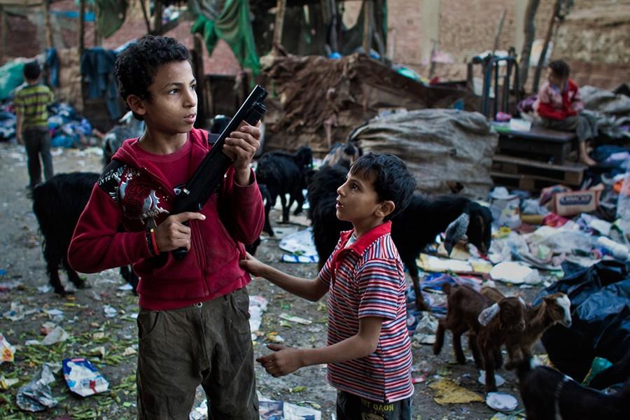 Живут копты по преимуществу городами и районами. В Каире несколько коптских районов.